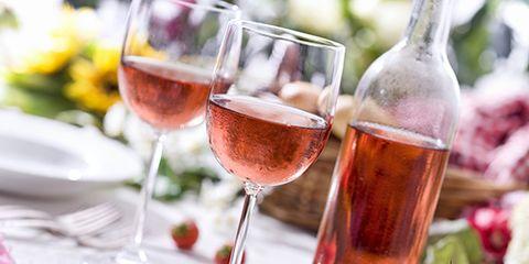 Glass, Stemware, Drinkware, Drink, Barware, Alcoholic beverage, Wine glass, Liquid, Tableware, Alcohol,