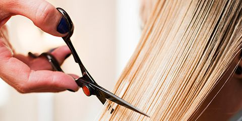 Finger, Nail, Thumb, Wire, Creative arts, Loom, Craft, Tool, Weaving, Thread,
