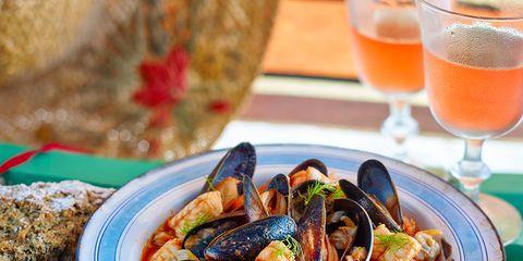 Food, Drink, Ingredient, Tableware, Cuisine, Alcoholic beverage, Bowl, Seafood, Meal, Serveware,