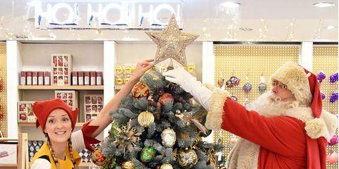 Event, Christmas decoration, Christmas tree, Christmas ornament, Holiday, Interior design, Christmas, Christmas eve, Tradition, Holiday ornament,