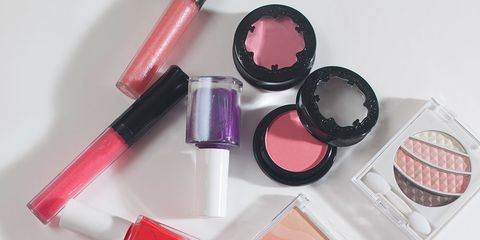 Lipstick, Red, Pink, Stationery, Cosmetics, Magenta, Carmine, Tints and shades, Material property, Glitter,
