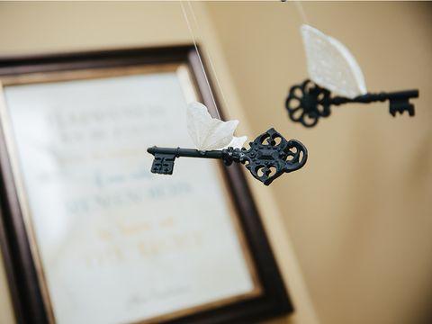 Harry Potter Home Decor Ideas from hips.hearstapps.com