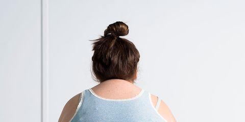 Shoulder, Elbow, Back, Neck, Undershirt, Active tank, Waist, Bun, Physical fitness, Wood flooring,