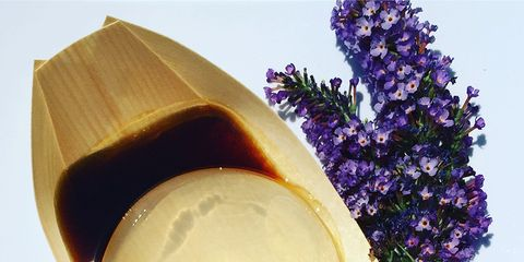 Lavender, Purple, Flowering plant, Natural material, Oval,