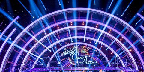 Entertainment, Performing arts, Magenta, Purple, Stage, Performance, Electricity, Public event, Violet, Dance,