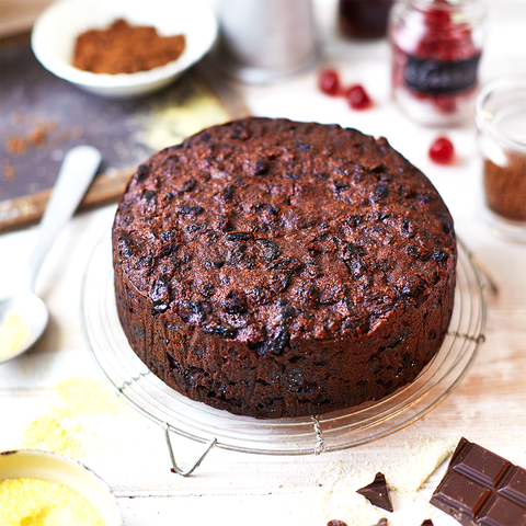 Christmas Cake Recipe.Chocolate Cherry Christmas Cake