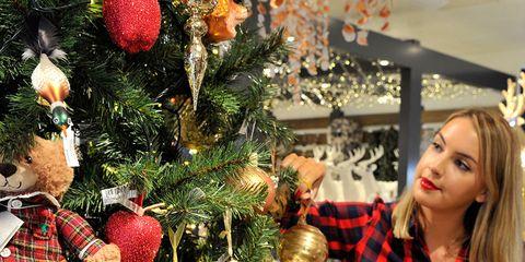 Event, Christmas decoration, Christmas ornament, Holiday ornament, Christmas tree, Interior design, Holiday, Christmas eve, Christmas, Ornament,