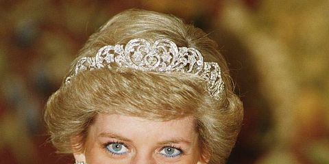Clothing, Face, Nose, Lip, Mouth, Hairstyle, Eyebrow, Hair accessory, Bridal accessory, Headpiece,