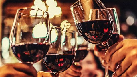 Stemware, Drinkware, Glass, Wine glass, Drink, Barware, Alcoholic beverage, Alcohol, Hand, Dessert wine,