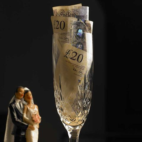 Why Couples Should Never Ask For Money As A Wedding Gift Wedding
