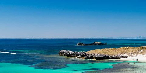 Body of water, Coastal and oceanic landforms, Blue, Coast, Water resources, Water, Aqua, Turquoise, Shore, Teal,