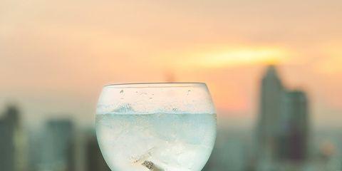 Fluid, Drinkware, Glass, Stemware, Barware, Liquid, Drink, Wine glass, Tableware, Alcoholic beverage,