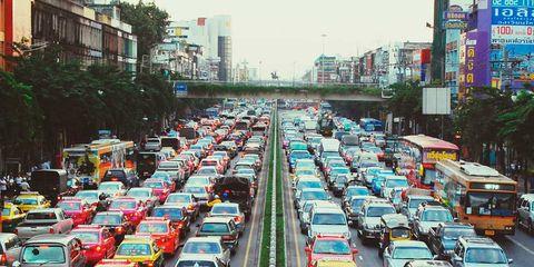 Motor vehicle, Mode of transport, Transport, Vehicle, Automotive design, Land vehicle, Automotive parking light, City, Car, Metropolitan area,