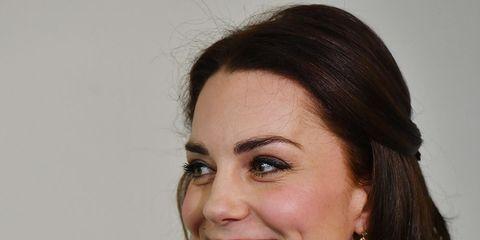Lip, Smile, Mouth, Cheek, Hairstyle, Eye, Earrings, Skin, Chin, Forehead,