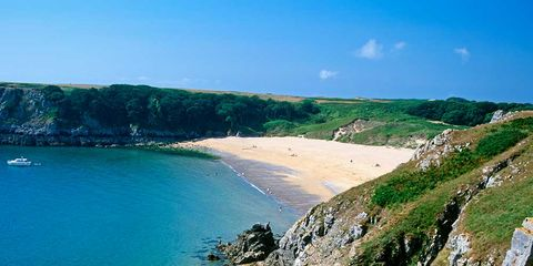 Coastal and oceanic landforms, Coast, Shore, Terrain, Bay, Raised beach, Azure, Geology, Promontory, Headland,