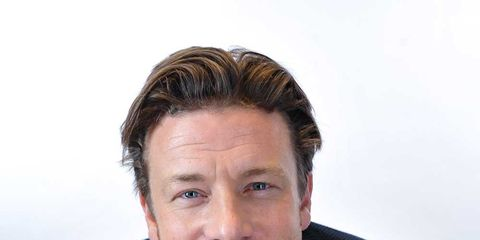 Hair, Face, Forehead, Chin, White-collar worker, Hairstyle, Businessperson, Neck, Photography, Suit,