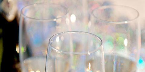 Drinkware, Glass, Stemware, Barware, Wine glass, Fluid, Tableware, Champagne stemware, Liquid, Transparent material,