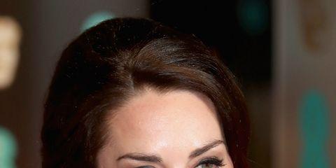 Hair, Head, Nose, Ear, Earrings, Lip, Hairstyle, Skin, Chin, Forehead,