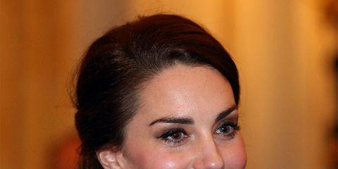 Earrings, Lip, Hairstyle, Chin, Forehead, Eyebrow, Eyelash, Facial expression, Style, Beauty,