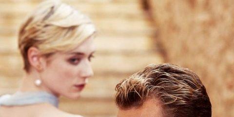 Hair, Hairstyle, Blond, Shoulder, Forehead, Skin, Chin, Human, Neck, Brown hair,