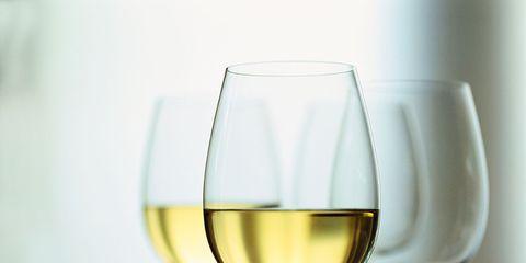 Fluid, Drinkware, Stemware, Glass, Wine glass, Liquid, Barware, Drink, Dessert wine, Tableware,