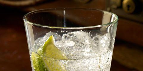 Drink, Gin and tonic, Caipirinha, Lemonsoda, Alcoholic beverage, Distilled beverage, Lemon-lime, Vodka and tonic, Classic cocktail, Gimlet,