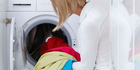 Leg, Shoulder, Joint, Sitting, Thigh, Comfort, Major appliance, Hip, Clothes dryer, Furniture,