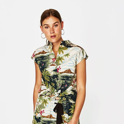 85d64c1ec622 Hawaiian shirts are back in fashion – The best women's HAWAIIAN SHIRTS