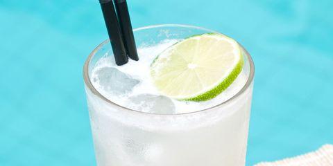 Drink, Lemonsoda, Food, Limeade, Lime, Alcoholic beverage, Limonana, Juice, Non-alcoholic beverage, Lemonade,