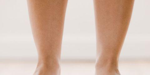 Scale, Leg, Footwear, Foot, Human leg, Skin, Shoe, Ankle, Balance, Joint,