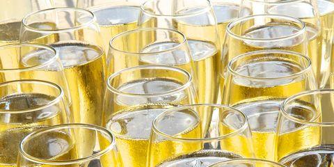 Yellow, White wine, Glass bottle, Wine bottle, Glass, Drink, Liquid, Bottle, Drinkware, Alcohol,