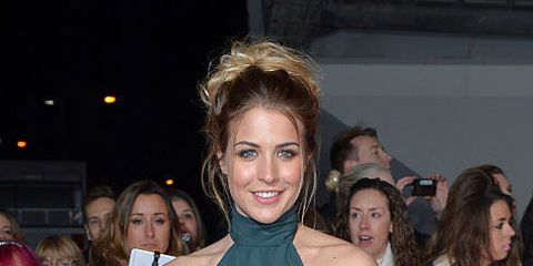 Beauty, Hairstyle, Premiere, Event, Shoulder, Dress, Fashion, Brown hair, Long hair, Smile,