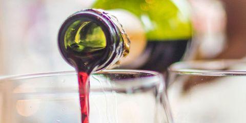 Drink, Red wine, Wine glass, Alcoholic beverage, Wine, Alcohol, Stemware, Wine cocktail, Glass, Kalimotxo,