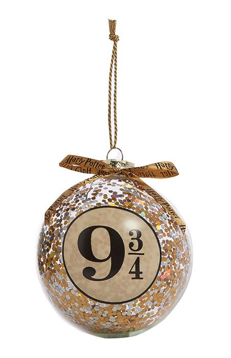 Immagini Natalizie Harry Potter.Primark Has Released Harry Potter Baubles Harry Potter Baubles