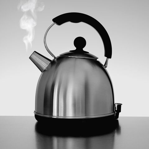 How To Remove Limescale From Kettle >> How To Clean A Kettle Removing Limescale From Your Kettle