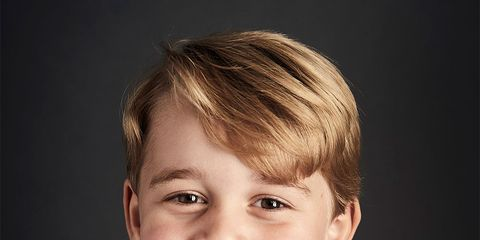 Face, Hair, Child, Facial expression, Chin, Hairstyle, Smile, Head, Forehead, Portrait photography,
