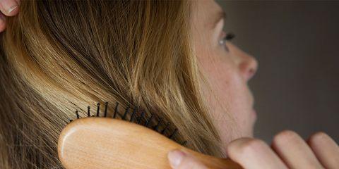 Hair, Hairstyle, Long hair, Hair coloring, Blond, Brown hair, Layered hair, Step cutting, Neck, Ear,
