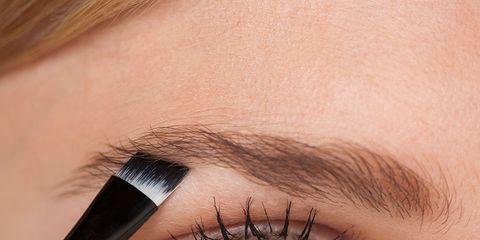 Eyebrow, Face, Eyelash, Eye, Skin, Eye shadow, Beauty, Organ, Close-up, Mascara,