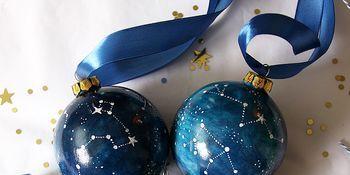 Blue, Cobalt blue, Christmas ornament, Christmas decoration, Ornament, Ball, Sphere, Material property, Holiday ornament, Interior design,