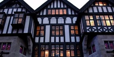 Building, Architecture, Property, Town, House, Lighting, Window, Facade, Home, Mixed-use,