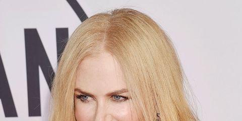 Hair, Blond, Face, Hairstyle, Eyebrow, Long hair, Lip, Layered hair, Beauty, Chin,