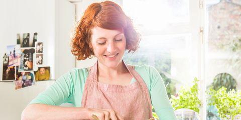 Cooking, Homemaker, Kitchen, Food, Room, Eating, Baking, Vegetable, Recipe, Dish,