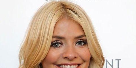 Hair, Face, Blond, Hairstyle, Eyebrow, Lip, Chin, Layered hair, Hair coloring, Forehead,