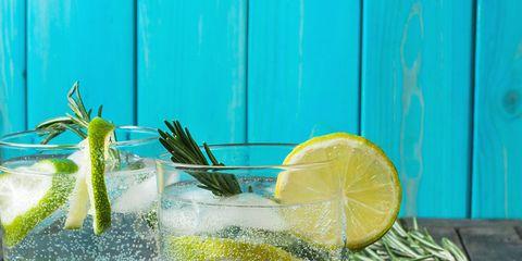 Lime, Lemon-lime, Key lime, Drink, Limeade, Lemonade, Food, Lemon, Citrus, Alcoholic beverage,