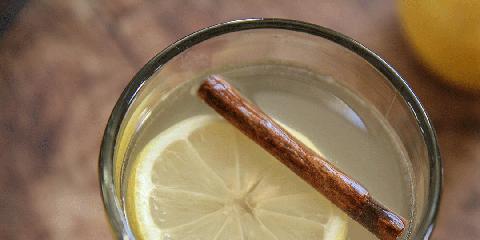 Lemon, Cinnamon, Drink, Food, Hot toddy, Ingredient, Moscow mule, Lime, Whiskey sour, Citrus,