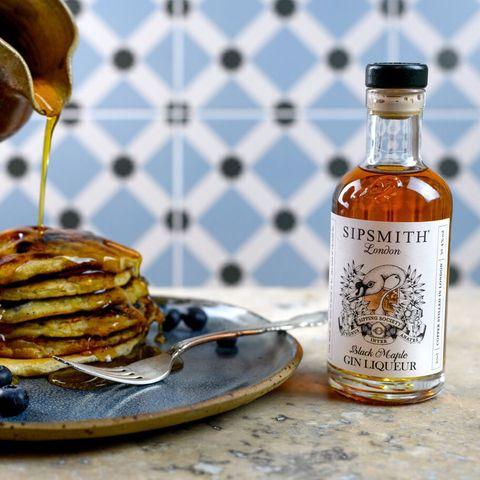 Pancake, Maple syrup, Drink, Ingredient, Liqueur, Food, Dish, Breakfast, Cuisine, Syrup,