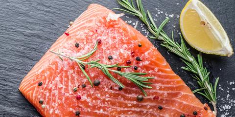 Smoked salmon, Salmon, Food, Salmon, Cuisine, Dish, Fish slice, Lox, Garnish, Ingredient,