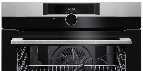Kitchen appliance, Oven, Microwave oven, Cooktop, Home appliance, Major appliance, Toaster oven, Kitchen stove, Dishwasher,