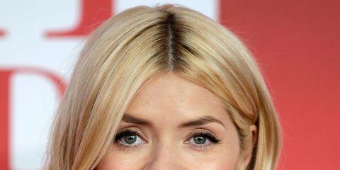 Hair, Face, Blond, Hairstyle, Eyebrow, Chin, Lip, Layered hair, Forehead, Skin,