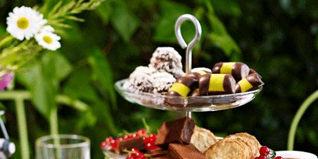 Food, Cuisine, Dish, Brunch, Dessert, Pastel, Baked goods, Meal, Ingredient, Finger food,